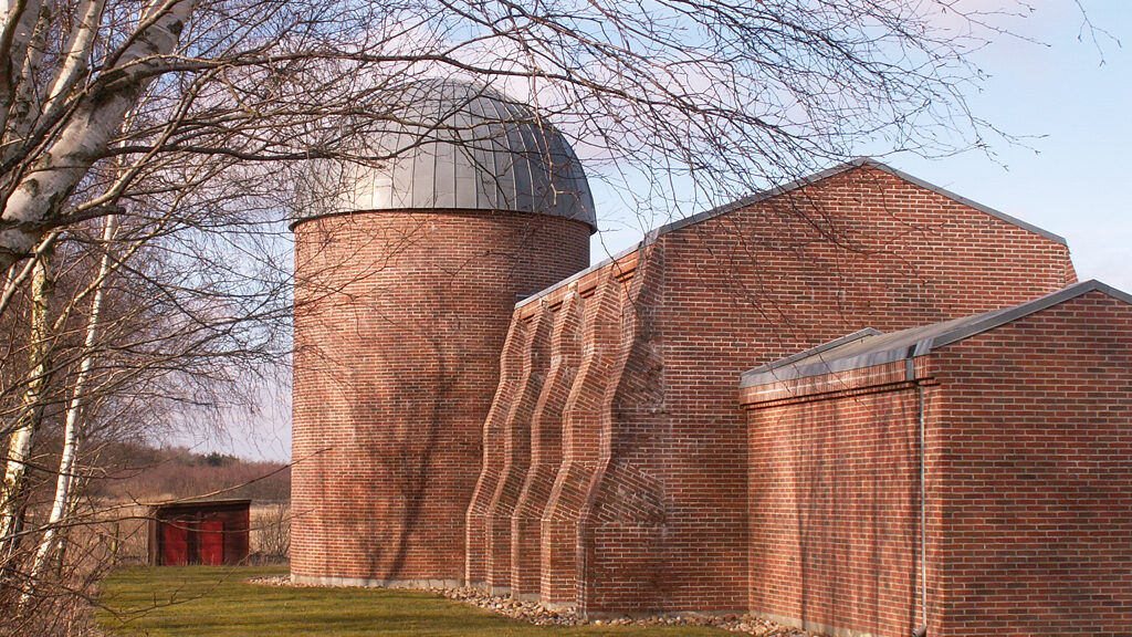 Stenmuseum og observatorium ved Folkeuniversitetcentret Skærum Mølle